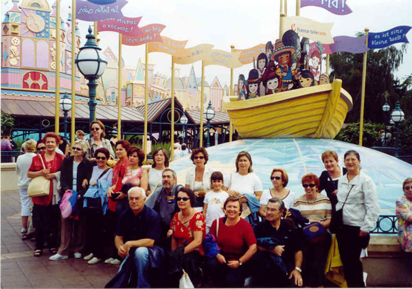 Paris-Disney1-600